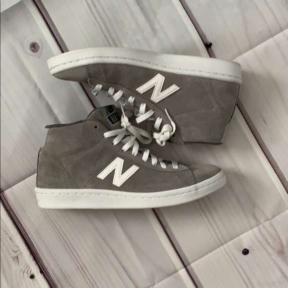 New Balance Shoes   Grey Suede Hightops